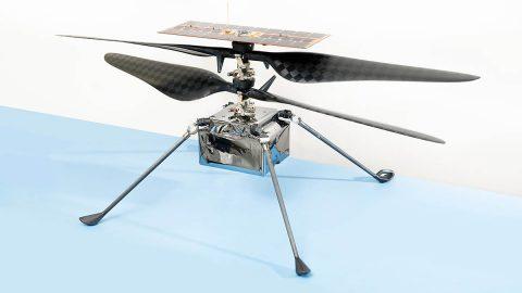 The flight model of NASA's Ingenuity Mars Helicopter. (NASA/JPL-Caltech)