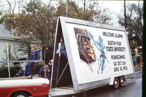 The 1976 Austin Peay State University Homecoming parade. (APSU)