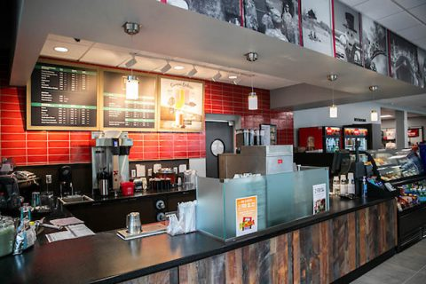 Austin Peay State University's new Ann Ross Bookstore offers a café. (APSU)