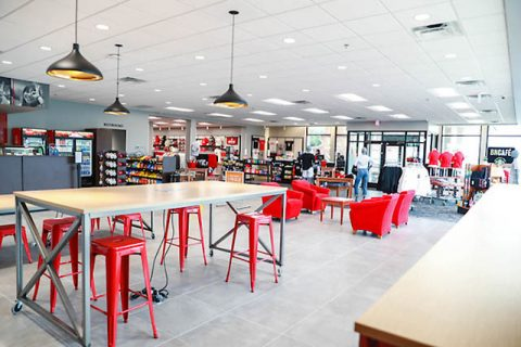 Austin Peay State University's new Ann Ross Bookstore has ample seating available for customers. (APSU)