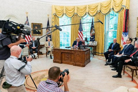 President Donald Trump and Vice President Mike Pence meet with House Minority Leader Kevin McCarthy, Senate Majority Leader Mitch McConnell, Treasury Secretary Steven Mnuchin, and White House Chief of Staff Mark Meadows. (White House)