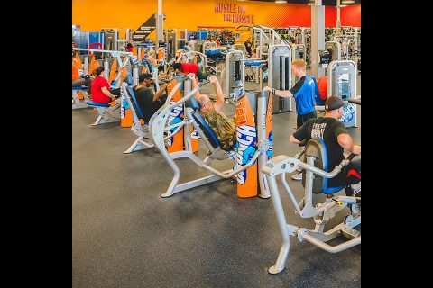 Crunch Clarksville gym is located at 1596 Fort Campbell Boulevard