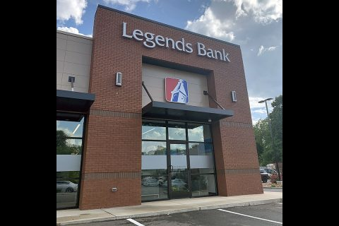 Legends Bank Pleasant View Tennessee location.