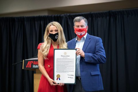 Miss Austin Peay Noelle Thompson and Tennessee State Senator Bill Powers. (APSU)