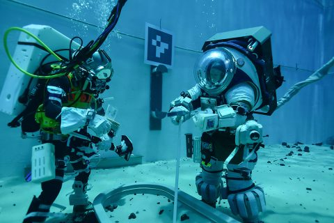 Teams are evaluating how to train for lunar surface operations during Artemis missions, in the Neutral Buoyancy Lab at Johnson Space Center in Houston. (NASA)