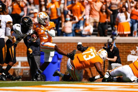 Tennessee Vols Football running back Eric Gray runs 20 yards for a touchdown Sunday against Missouri. (Tennessee Athletics)