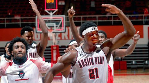 Austin Peay State University Govs Basketball topple Murray State Racers behind another exemplary Terry Taylor effort. (APSU Sports Information)