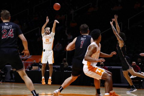 Tenenssee Vols Basketball takes down Saint Joseph's, 102-66, for Fifth Straight Win. (UT Athletics)