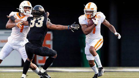 Tennessee Football senior receiver Velus Jones Jr. had 125 yards on 7 receptions and 2 touchdowns Saturday against Vanderbilt. (UT Athletics)
