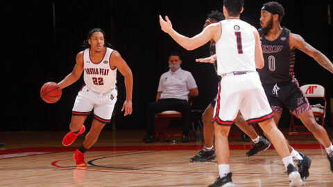 Austin Peay State University Men's Basketball sophomore Alec Woodard led the Govs with 17 points against Eastern Kentucky, Saturday. (Robert Smith, APSU Sports Information)