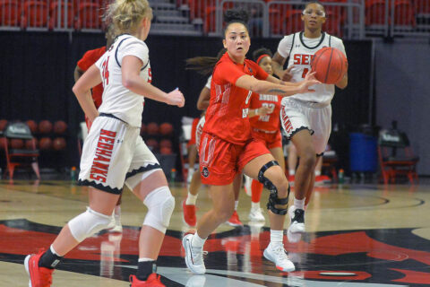 Austin Peay State University Women's Basketball senior guard Tahanee Bennell led the Govs with 11 points at Southeast Missouri. (APSU Sports Information)