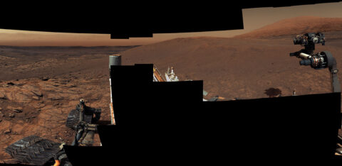 This panorama, made up of 122 individual images stitched together, was taken by NASA's Curiosity Mars rover on November 18, 2020, the 2,946th Martian day, or sol, of the mission. (NASA/JPL-Caltech/MSSS)