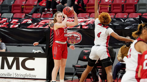 Austin Peay State University Women's Basketball sophomore Maggie Knowles led the Govs with 11 points Saturday. (APSU Sports Information)