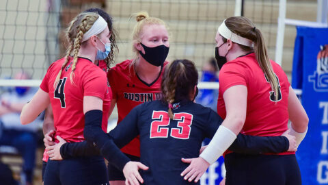 Austin Peay State University Volleyball defeats Tennessee Tech, Sunday. (RealWuan Studios)