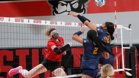 Austin Peay State University Volleyball senior Chloe Stitt had 26 kills and 4 blocks in win over Murray State at the Dun Center, Saturday. (Robert Smith, APSU Sports Information)