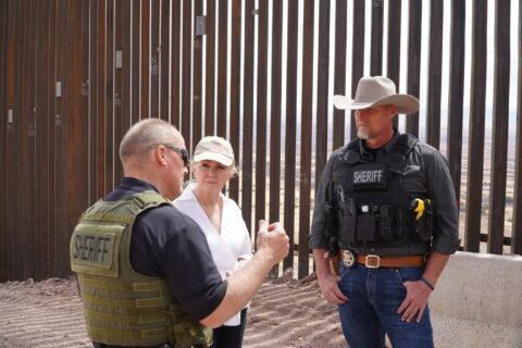 Marsha Blackburn visits the Southern Wall.