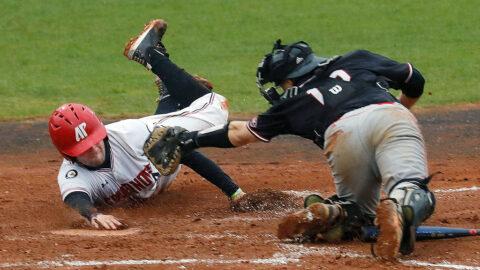 Austin Peay State University Baseball holds off SIU Edwardsville for 7-6 victory, Saturday. (Robert Smith, APSU Sports Information)