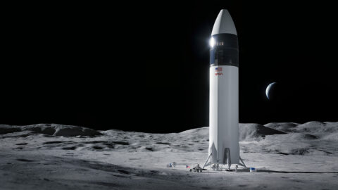 Illustration of SpaceX Starship human lander design that will carry the first NASA astronauts to the surface of the Moon under the Artemis program. (SpaceX)