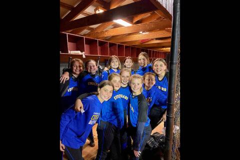 Clarksville Academy Middle School Softball team.