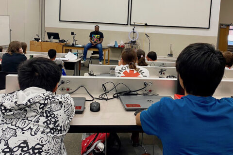 Dr. Adrian Parker speaks to Austin Peay State University Governor's School students. (APSU)