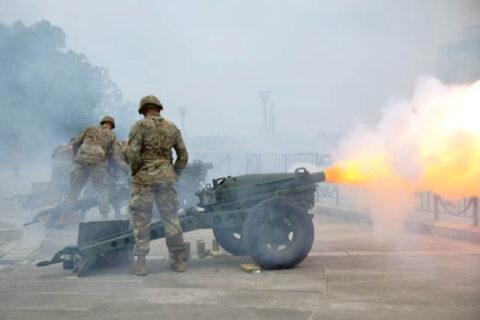 Members of the Tennessee National Guard's 278th Armored Cavalry Regiment take part in Tennessee's 225th birthday celebration, June 1st, in Nashville. Three artillery crews fired 25 rounds from the belvedere just below the capital building overlooking the Bicentennial Mall in Nashville. (Staff Sgt. Timothy Cordeiro)