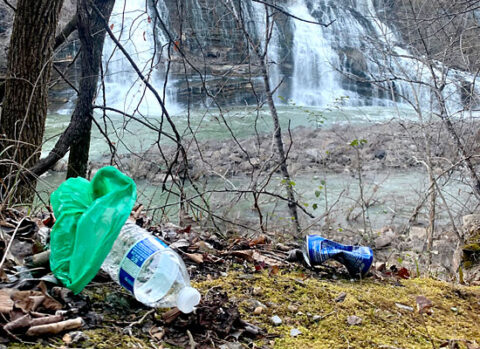 Litter in Tennessee.