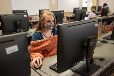 Austin Peay State University hosted a girls-preferred coding camp. (APSU)