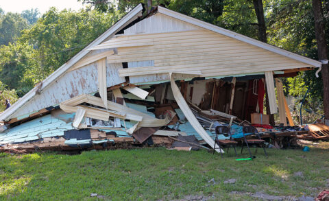 Flood damage in Waverly Tennessee. (Virginia Hart, American Red Cross)