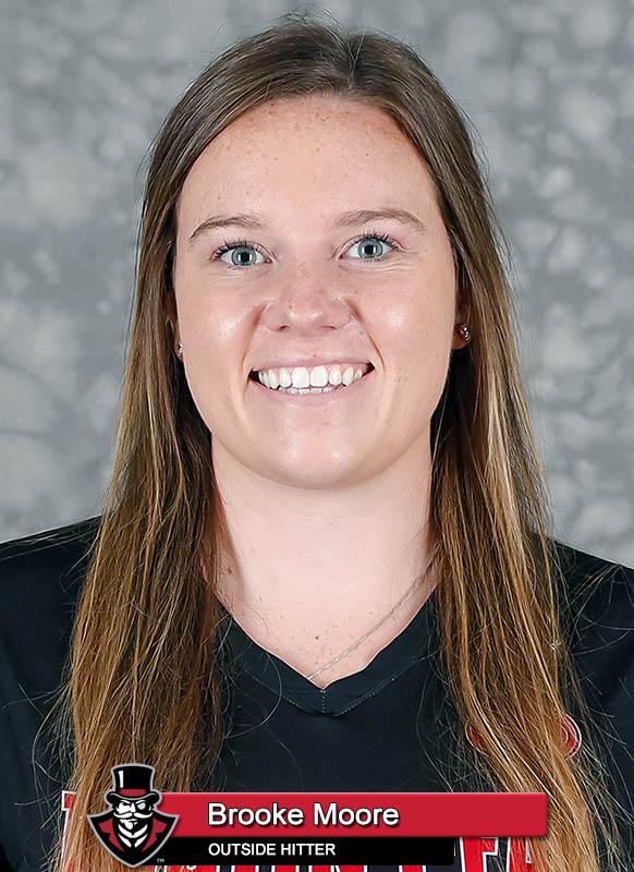 2021-22 APSU Volleyball - Brooke Moore. (Robert Smith,APSU Sports Information)