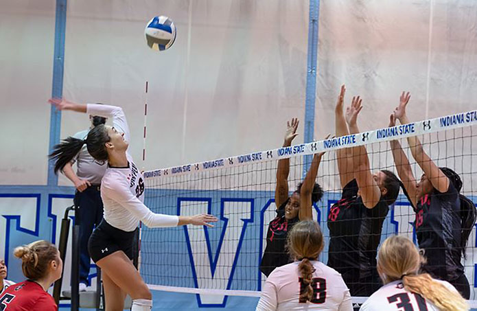 Austin Peay State University Volleyball splits opening-day matches at Indiana State Invitational.