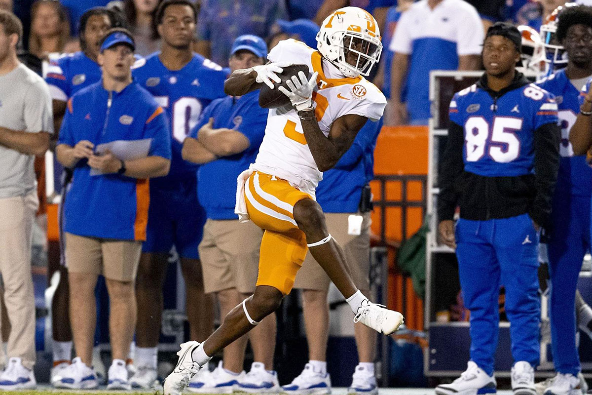 Tenenssee Vols Football Falls To No. 11 Florida at Ben Hill Griffin Stadium in SEC Opener, 38-14. (UT Athletics)