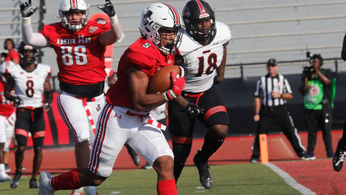 Austin Peay State University Football running back Ahmaad Tanner runs in for a touchdown Saturday. (Robert Smith, APSU Sports Information)