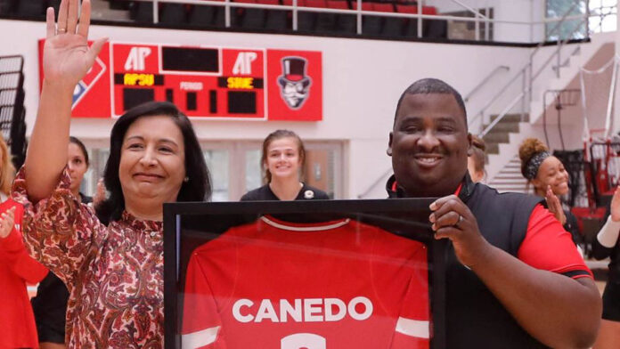 Austin Peay State University Volleyball celebrates the jersey retirement of Isabel Canedo-Reagan. (APSU Sports Information)